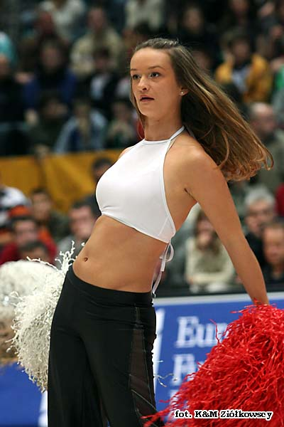 09bb2079d1 Edyta Kaminska (cheerleaders - Slask Wroclaw) - photo